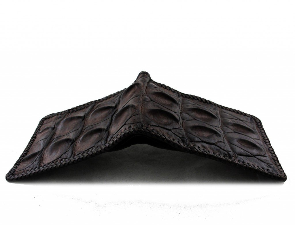 croc wallet with sharkskin